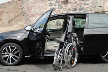 EDAG Verladehilfe für Rollstuhl-Fahrer
