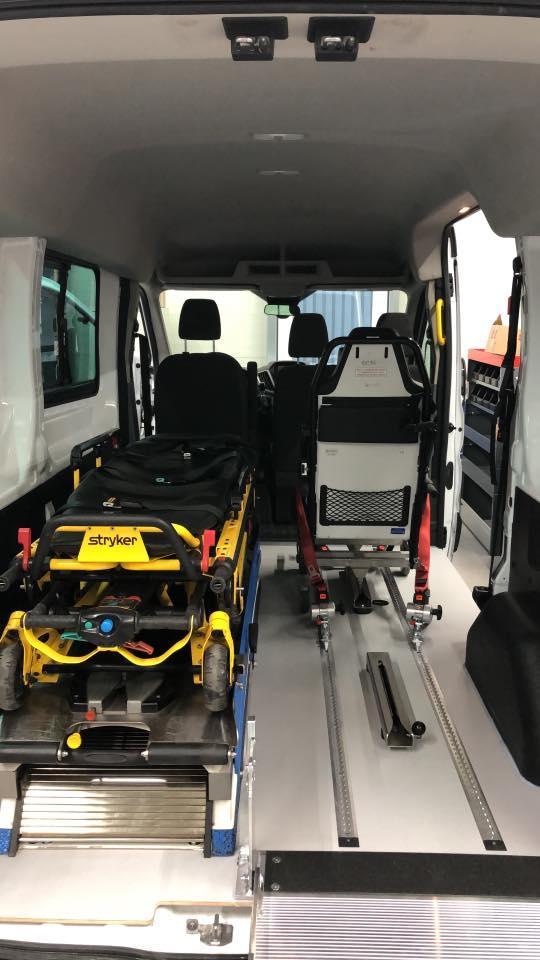 Ford Transit LH2 Umbau Krankentransport - behindertengerecht - Fricke Behindertenfahrzeuge Oldenburg Bremen Wilhelmshaven (3)