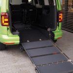 VW Caddy mit Heckrampe (rollstuhlgerecht)